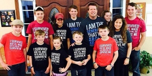 Amid Competing Petitions, TLC Says Duggars Will Stay