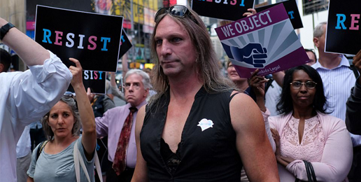Congressional Resolution Calls for the Military to Accept Transgenders